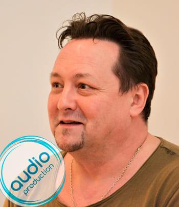 Максим Сергеев голос диктор заказать озвучку запись цена контакты сайт