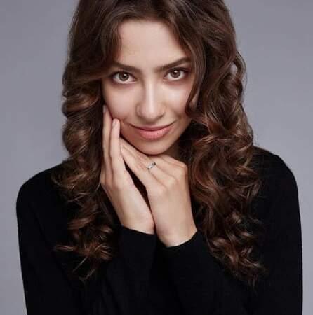 Варвара Ревнюк голос диктор актриса заказать контакты